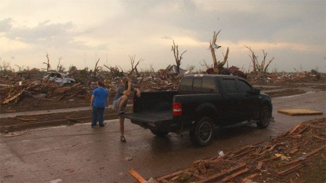 Red Cross, Churches Open Shelters Metro For Tornado Victims