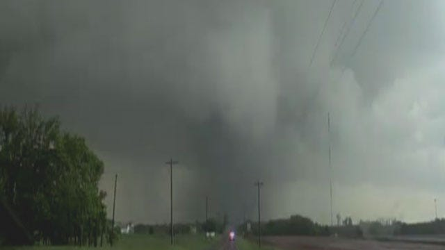 News 9 Storm Trackers Capture Deadly Tornado In Moore
