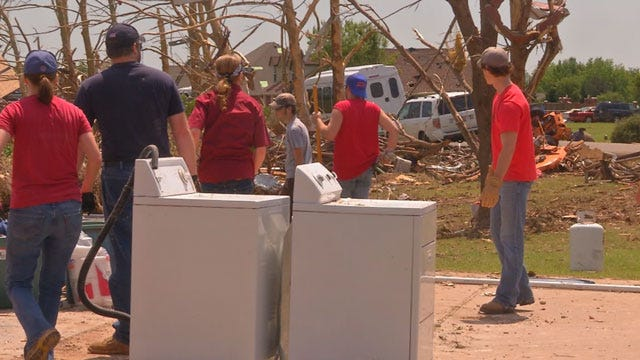 Newcastle High School Students Help in Cleanup Efforts