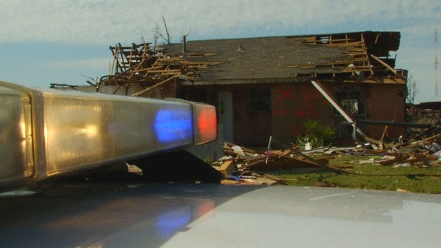 News 9 Rides Along With Moore Police Looking For Looters