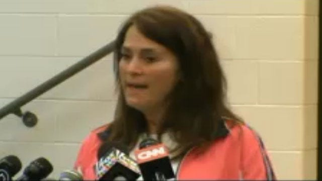 OKC, Moore Officials Host News Conference; Teachers Share Survival Stories