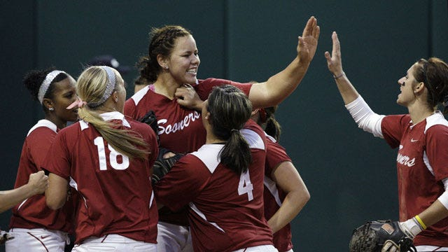 Pendley's Big Day Helps Sooners Punch Ticket To World Series
