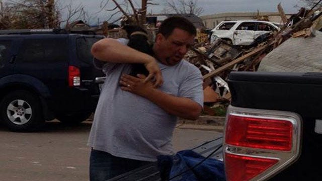 Dog Pulled From Rubble A Week After Tornado Hit Moore