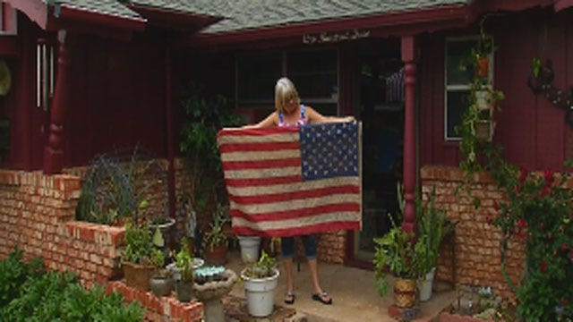 Moore Family Finds Signed American Flag After Tornado