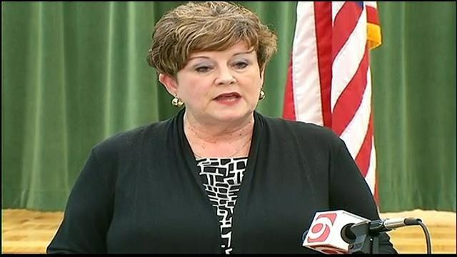 Moore Schools Superintendent 'Heartsick' Over Rumor Regarding Praying Teacher