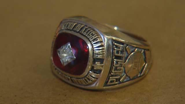 Former Sooner Baseball Player Reunited With 1951 Championship Ring