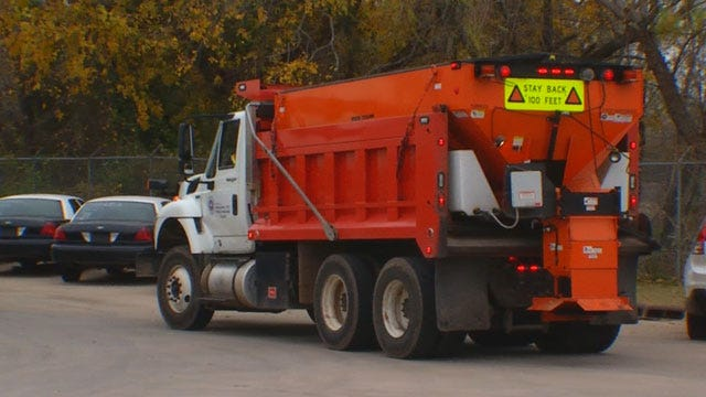 Road Crews Prepare As Icy Conditions Approach OKC