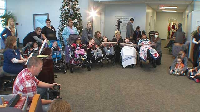Children's Center In Bethany Kicks Off Donation Drive With Tree Lighting