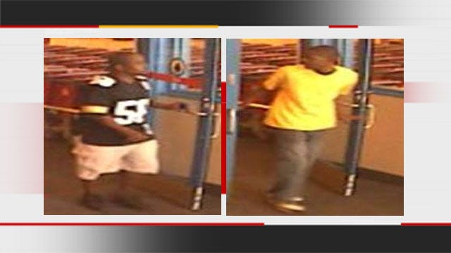 Suspects Wanted For Pilfering iPads From OKC Store