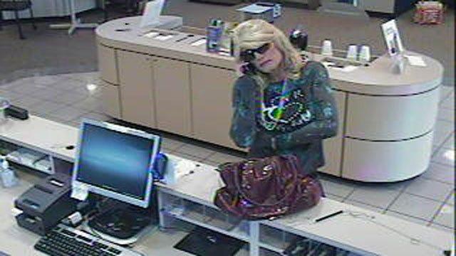FBI: Man Dressed As Woman Robs Norman Arvest Bank