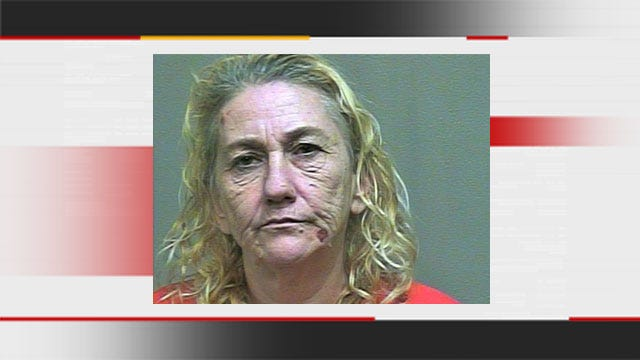 Police: OKC Woman Hits Boyfriend With Hammer After Being Strangled