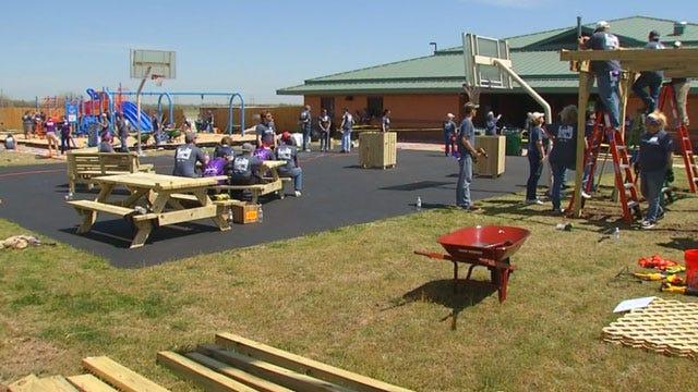 Volunteers Rebuild El Reno Playground Destroyed By Tornado