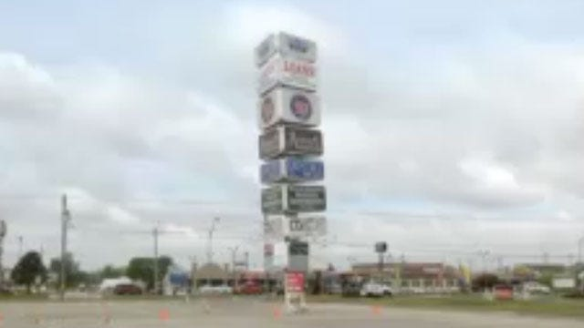 Large Sign Threatens To Fall, Prompts Road Closure In Warr Acres