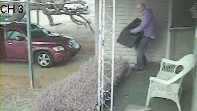 Man Caught On Camera Burglarizing Southeast OKC Home
