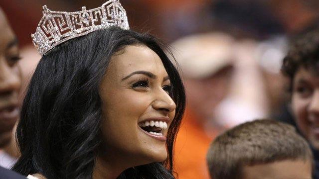 Miss America: Don't Suspend Teen Over Prom Invite