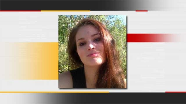 Family Of Missing Teenager Hand Out Fliers As OKCPD Investigates
