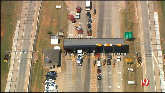 Multiple Injuries Reported After Crash On WB HE Bailey Turnpike