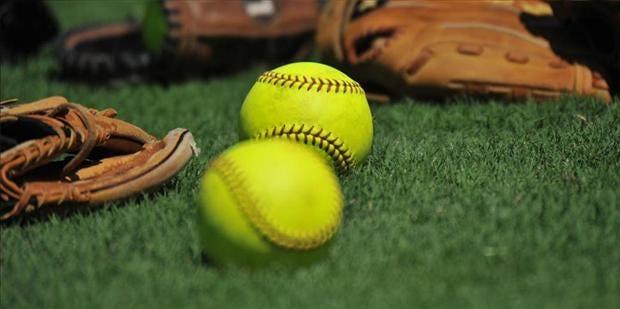 Sunday College Softball Roundup