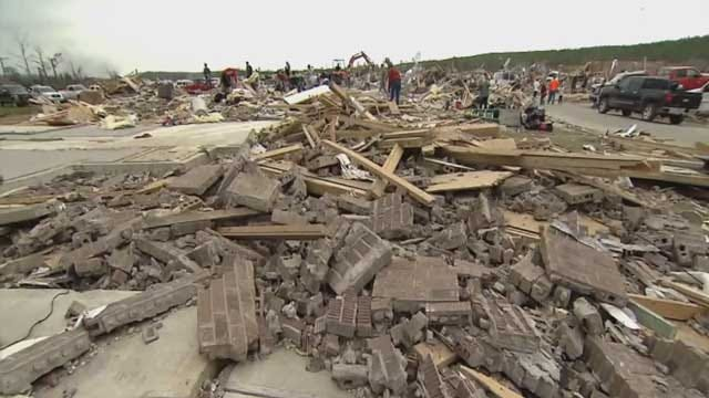 Oklahomans Help Out After Tornadoes Ravage Midwest, South