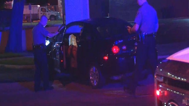 Police: Driver Trying To Beat Yellow Light Caused Crash In SW OKC
