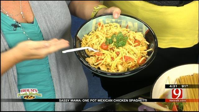 One Pot Mexican Chicken Spaghetti