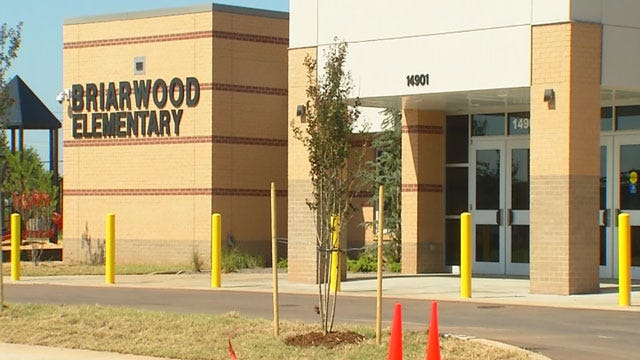 Moore Elementary Students Start The Year At New Schools