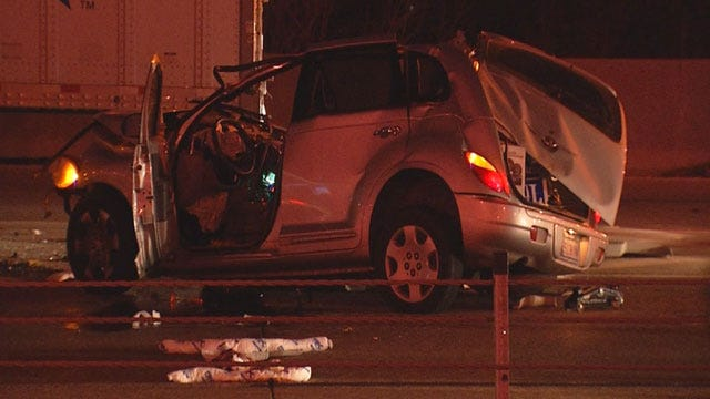 One Injured After Car Crashes Into Parked Semi On I-44 Near I-235