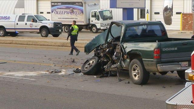 Teenagers Hurt In Edmond Crash With Ambulance