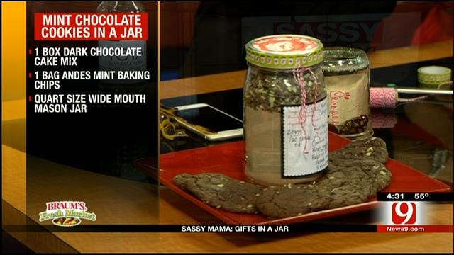 Mint Chocolate Cookies in a Jar