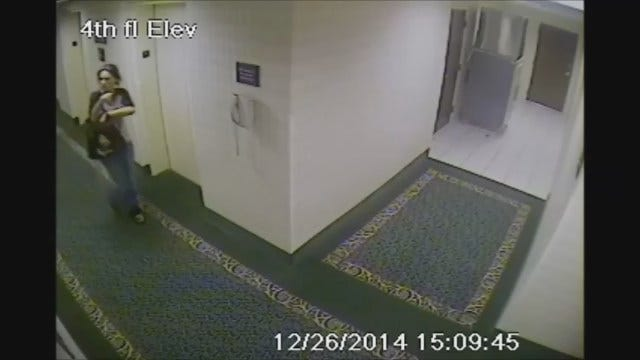 OKC Police Look For Woman In Connection To Hotel Room Break-In
