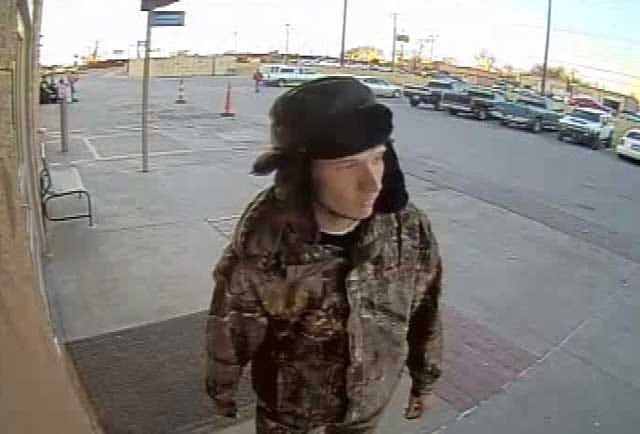 OKC Police Seek 2 Men In Connection With Counterfeit Check Operation