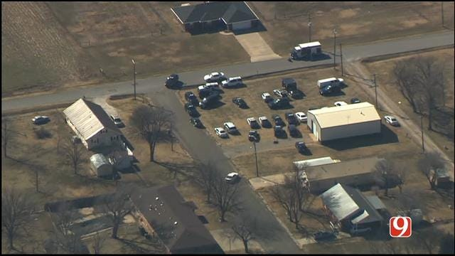 Suspect Missing After Standoff In Blackwell Ends