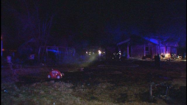 NE OKC Home, Storage Trailer Destroyed In Fire
