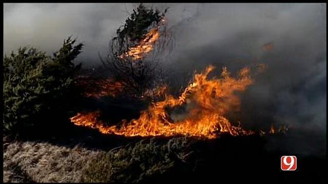 Oklahoma Firefighters Battle Multiple Grass Fires