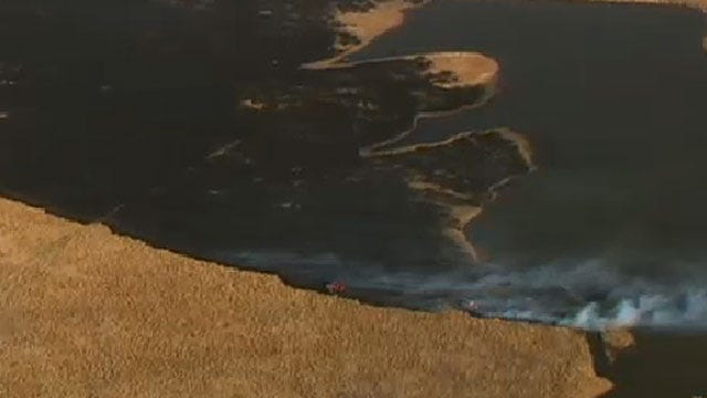 Firefighters Put Out Grass Fire Near El Reno