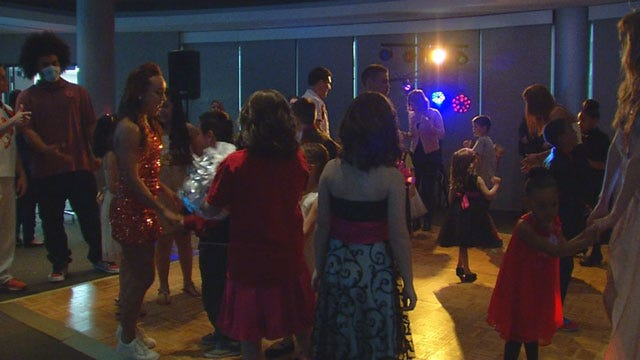 OU Children's Hospital Hosts Prom Night For Young Patients