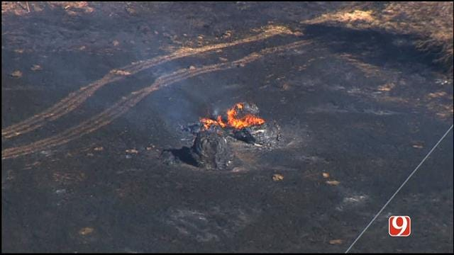 Firefighters Contain Grass Fires In Cushing, Shawnee