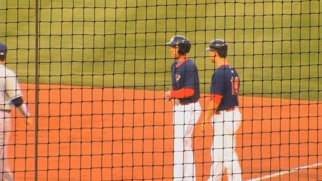 RedHawks, Cubs Split Saturday Doubleheader