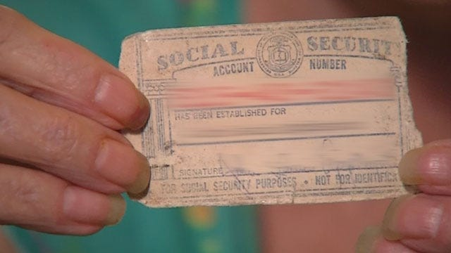 Edmond Woman Finds Social Security Card In Newly Purchased Wallet