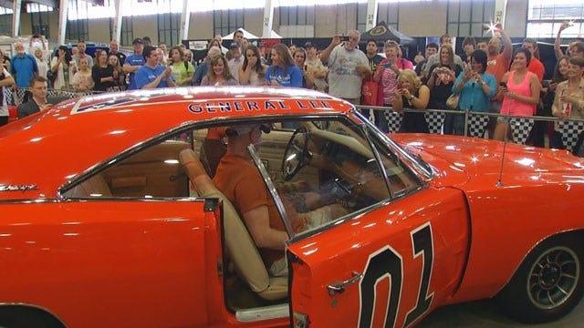 Make-A-Wish Volunteers Give Dream Car To Oklahoma Teen