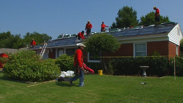 Metro Roofers Step Up To Help MWC Couple Down On Their Luck
