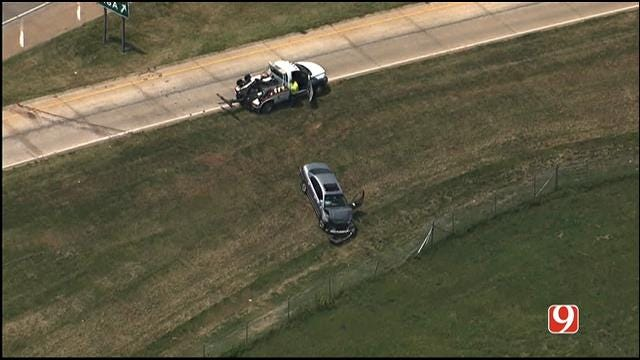 Police: Carjacking Suspect Arrested After Crashing In SW OKC