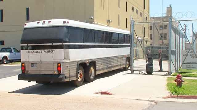 Fight Breaks Out On Federal Prison Bus; 4 Inmates Injured