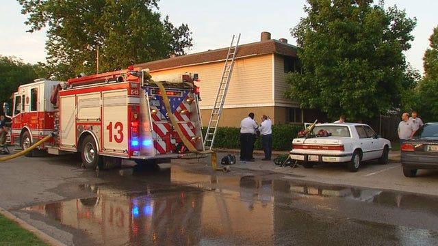 Crews Douse Fire At SE OKC Apartment Complex
