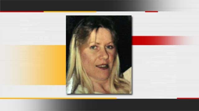Family Of Missing Woman Still Looking For Answers 17 Years Later