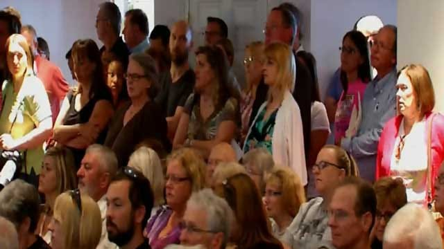Metro Residents Looking For Answers At Earthquake Town Hall Meeting