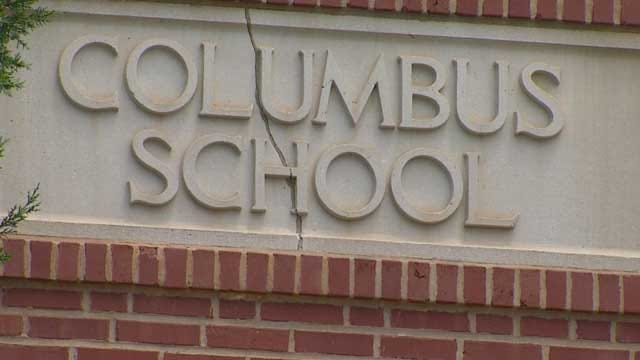 Teachers And Students Say Farewell To Columbus Elementary