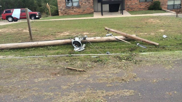 Overnight T-storms Leave Damage In Pauls Valley