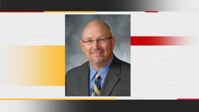 Davis, OK Principal Named Oklahoma High School Principal Of The Year