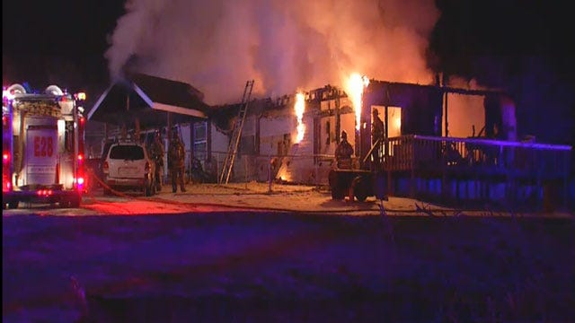 Dogs Wake Up Couple As SE OKC House Catches Fire